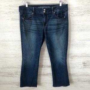 AMERICAN EAGLE Artist Crop Jeans Medium Wash 16